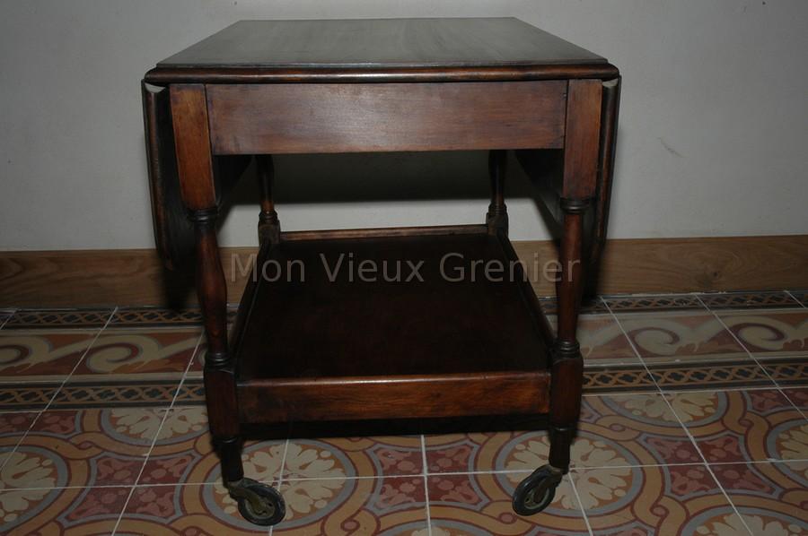 Petite table basse th en bois mon vieux grenier for Petite table basse en bois