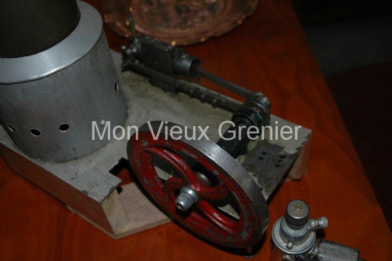 ancienne machine vapeur jouet 1900. Black Bedroom Furniture Sets. Home Design Ideas