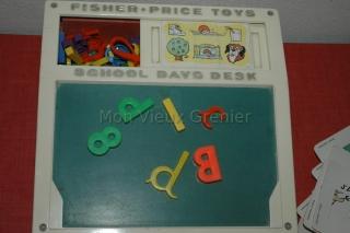 School days desk, tableau fisher price