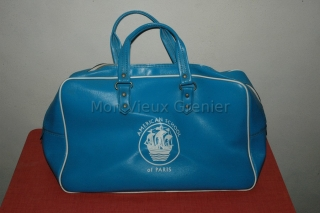 sac à main bleu American School of Paris