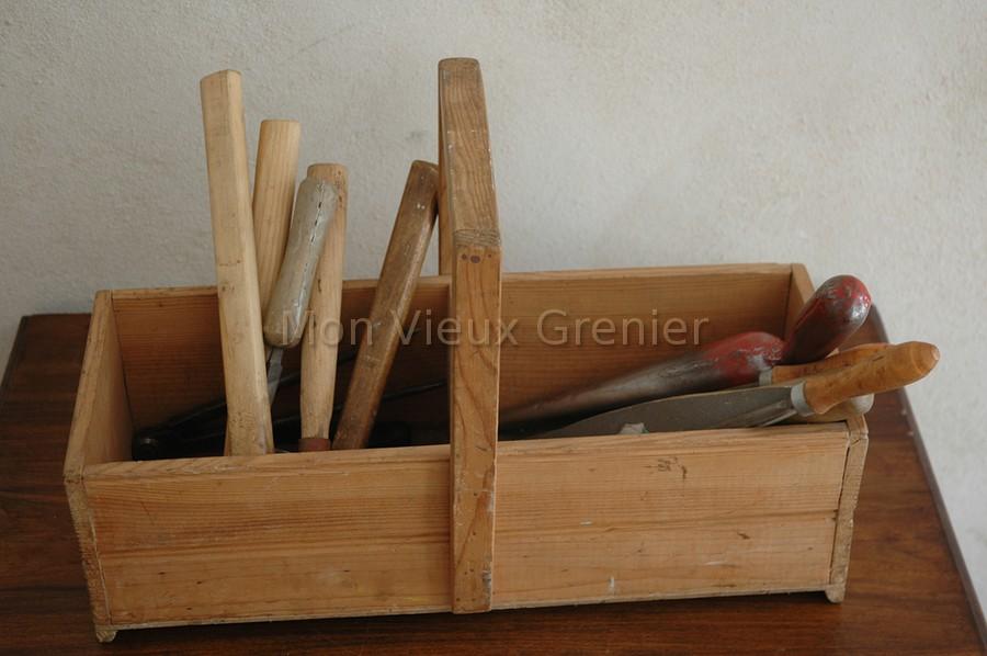 outils de bricolage vendus avec les vieux outils de menuisier ~ Vieux Outils En Bois