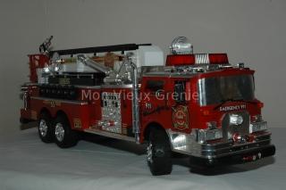 Jouet,camion de pompiers Américain téléguidé
