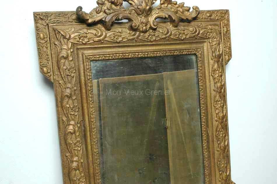 joli petit miroir 19 me bois moulures mon vieux grenier. Black Bedroom Furniture Sets. Home Design Ideas